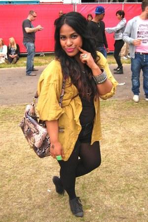 black jeans hm shorts - mustard oversized silk vintage blouse