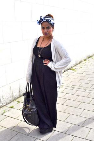 black studded bag River Island bag - black H&M wedges