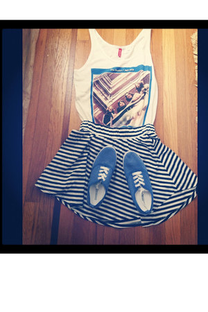 blue shoes shoes - The Beatles Shirt shirt - Black & White Strip Skirt skirt