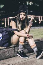 Sammy Icon socks - Forever 21 shorts