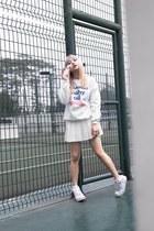 Style Raiders sweater - nike sneakers