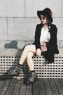 Jeffrey-campbell-boots-bershka-blazer-vintage-skirt-zara-top