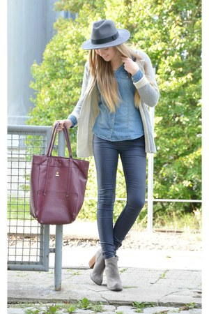 grey Jeffrey Campbell boots - Stefanel bag - gre Sheinside cardigan