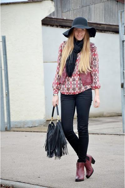 burgundy H&M boots - black H&M bag