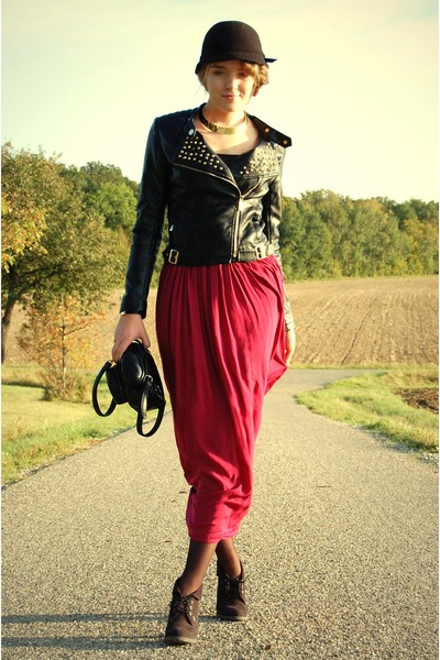 red maxi skirt reserved skirt - camera Reporter bag