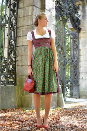dirndl alpenwelt dress - red longchamp bag