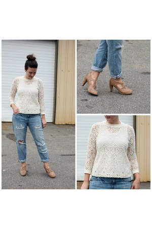 periwinkle Gap jeans - ivory banana republic top - camel modcloth heels