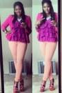 Light-orange-skinny-levi-jeans-hot-pink-cotton-thrifted-blazer
