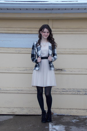 black UrbanOG boots - cream pleated BB Dakota dress - black plaid BB Dakota coat