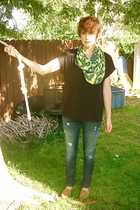 Riller & Fount t-shirt - Genetics jeans - X Generation scarf - Ralph Lauren shoe