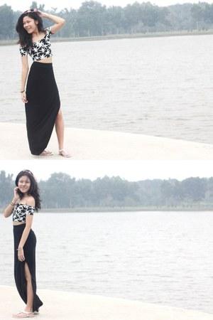 Forever 21 skirt - H&M top
