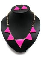 bubble gum unbranded necklace