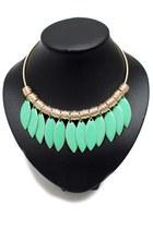 Aquamarine-unbranded-necklace