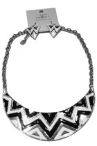 Graphic Metal Choker & Earrings Set - Black/White