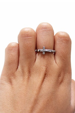 cross unbranded ring