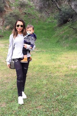 white Alexander Wang bag - black Ray Ban sunglasses - black Zara pants