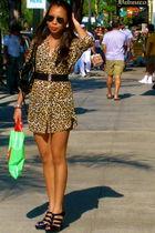 black Nine West shoes - beige H&M top