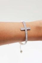 White-silver-cross-unbranded-bracelet