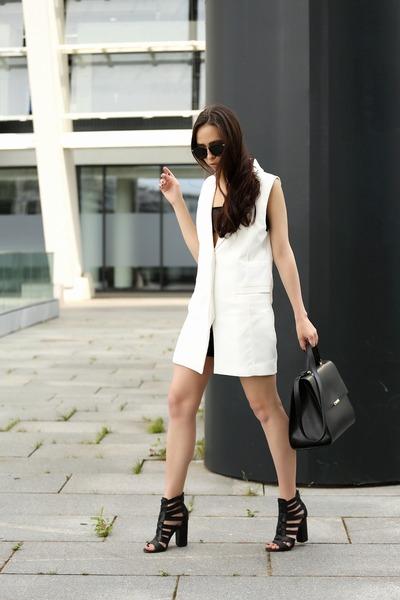 white Toby Heart Ginger dress