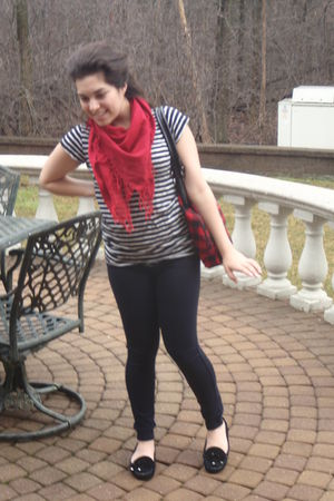 black hollister jeans - black JCpenney shirt - red thrifted scarf - black thrift