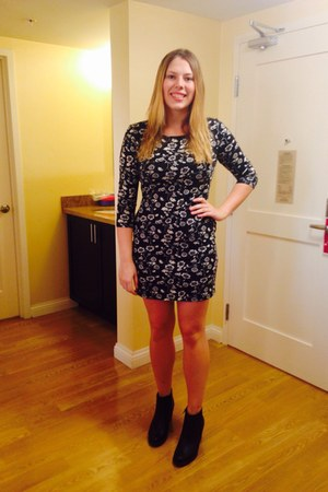 black boots - gray Forever 21 dress
