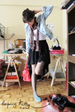 black H&M skirt - light blue Bershka jacket - red Primark bag