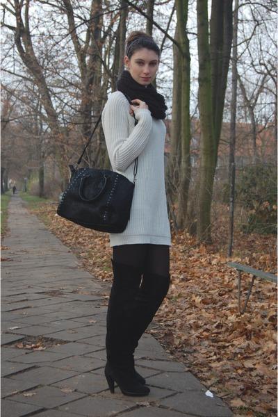 Bershka boots - Zara jumper