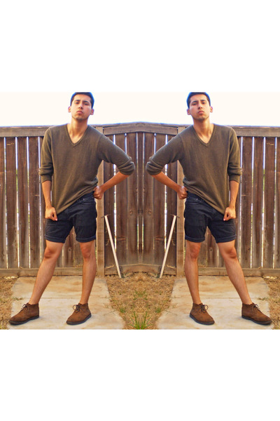 03a7346669 olive knit sweater - tan suede boots - black denim shorts