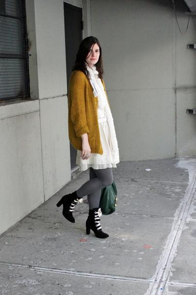 white DIY scarf - white Hanii Y skirt - white vintage shirt - black Marc Jacobs