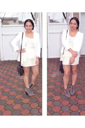 white Forever 21 blazer - black Jeffrey Campbell boots - black Forever 21 bag