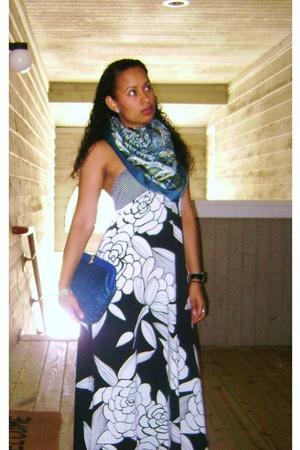 Target dress - H&M scarf - vintage purse - watch Nordstrom accessories