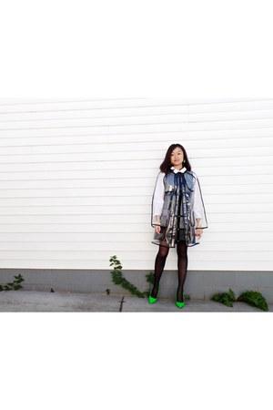 Anna Sui accessories