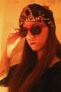 Crimson-vintage-sunglasses-accessorize-accessories-bershka-panties-mums-xd