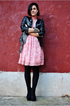 black Zara jacket - bubble gum united colors of benetton dress - black Amisu sho