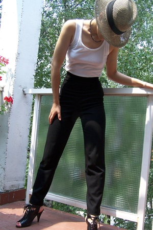 hat - t-shirt - pants - shoes