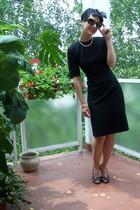 Mango glasses - vintage dress - Mango shoes - My Mothers necklace