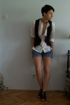 Terranova - Mango blouse - legend shorts - Mango shoes