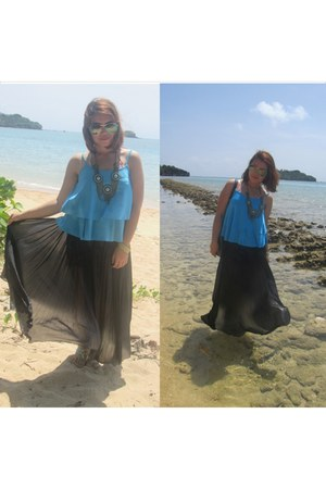 Bazaar sunglasses - thrifted vintage skirt - Robinsons Dept Store accessories