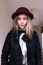 ruby red burgandy hat vintage hat - black Topshop jacket
