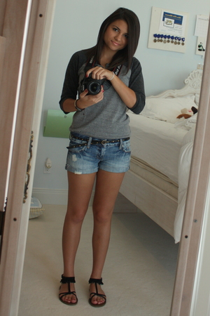 Urban Outfitters shirt - american eagle outfitters shorts - american eagle outfi