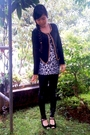 Black-blazer-gray-dress-black-leggings-black-shoes