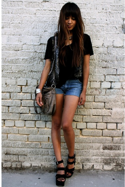 gray wren vest - blue vintage shorts - black t-shirt