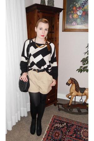 black H&M sweater - black bonita bag - beige H&M shorts - black H&M wedges