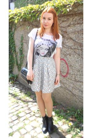 white H&M skirt - black H&M boots - black thrifted boots - white H&M shirt