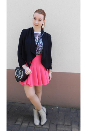 hot pink H&M skirt - eggshell H&M boots - white New Yorker shirt