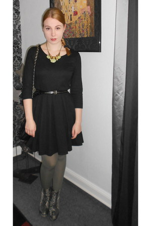 Deichmann boots - black H&M dress - black Orsay jacket