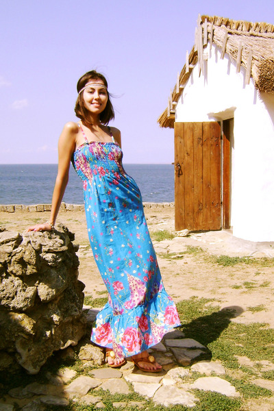 blue flower printed unknown dress - yellow self-made accessories