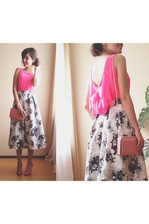 light pink DressLink bag - hot pink DressLink top