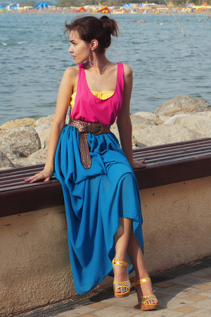 blue made by myself skirt - yellow made by myself top - hot pink New Yorker top