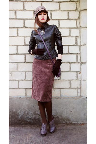 black leather Orsay jacket - tan c&a hat - magenta leather collins bag